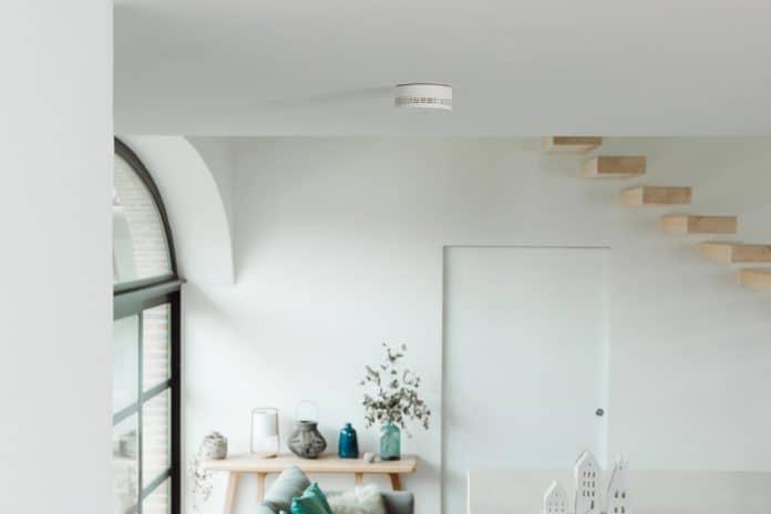 Netatmo Slimme Rookmelder op het plafond